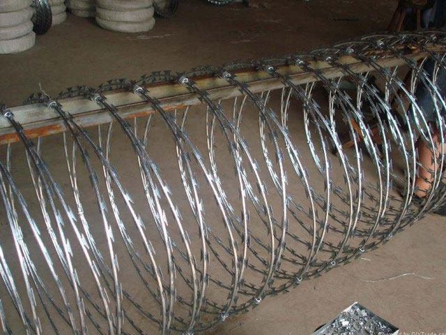 Concertina Razor Blade Wire Manufacturer Mumbai-India